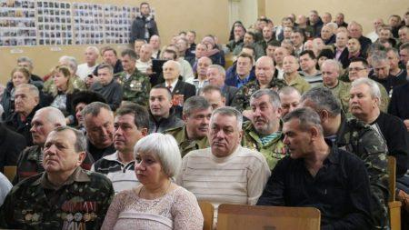 У Кропивницькому ліквідатори аварії на ЧАЕС долучилися до вшанування воїнів-афганців. ФОТО