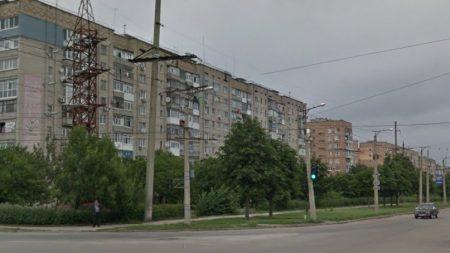 По вулиці Героїв України планують розмістити ще один гараж