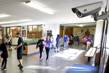 Відеоспостереження в школах – безпека чи нові загрози. Думки експертів