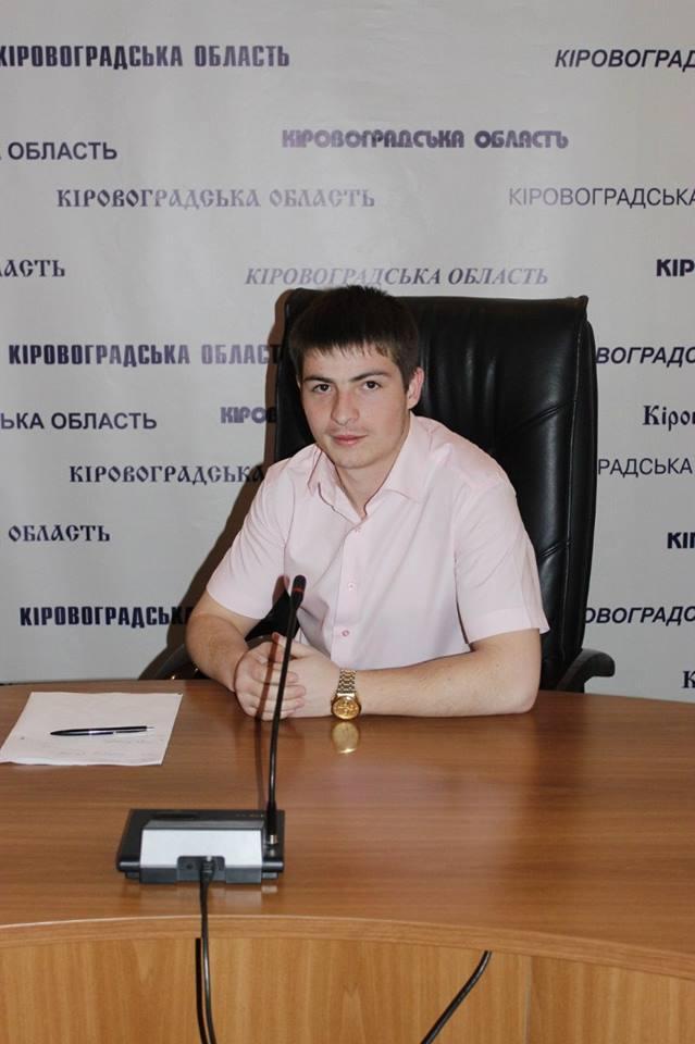 Зеленський визначив собі довірених осіб на Кіровоградщині. ФОТО - 2 - Вибори - Без Купюр