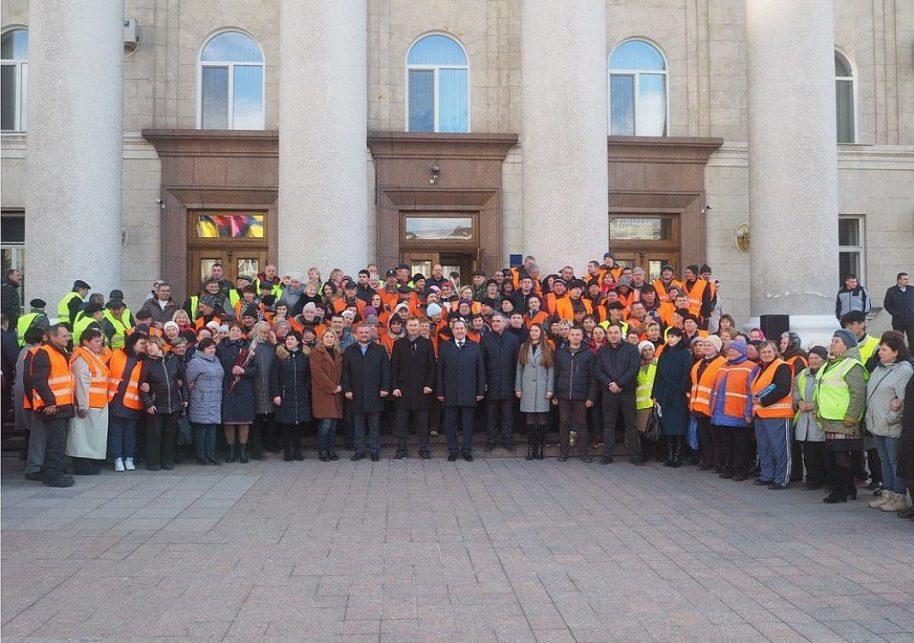 У Кропивницькому відбувся парад помаранчевих жилетів. ФОТО - 7 - Життя - Без Купюр