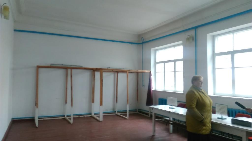 ОПОРА зафіксувала відсутність умов на двох дільничних комісіях у Кропивницькому. ФОТО - 1 - Вибори - Без Купюр