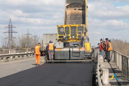 У Кропивницькому обмежено рух у напрямку селища Нове у зв'язку з ремонтними роботами