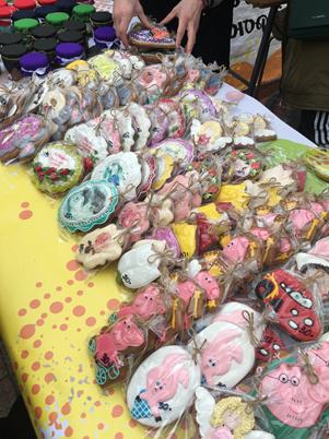 Напередодні Міжнародного жіночого дня у Кропивницькому влаштували святковий ярмарок. ФОТО Фото 3 - Життя - Без Купюр - Кропивницький