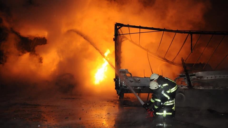 Попередні причини пожежі у Кропивницькому та кількість постраждалих. ФОТО, ВІДЕО - 1 - Події - Без Купюр