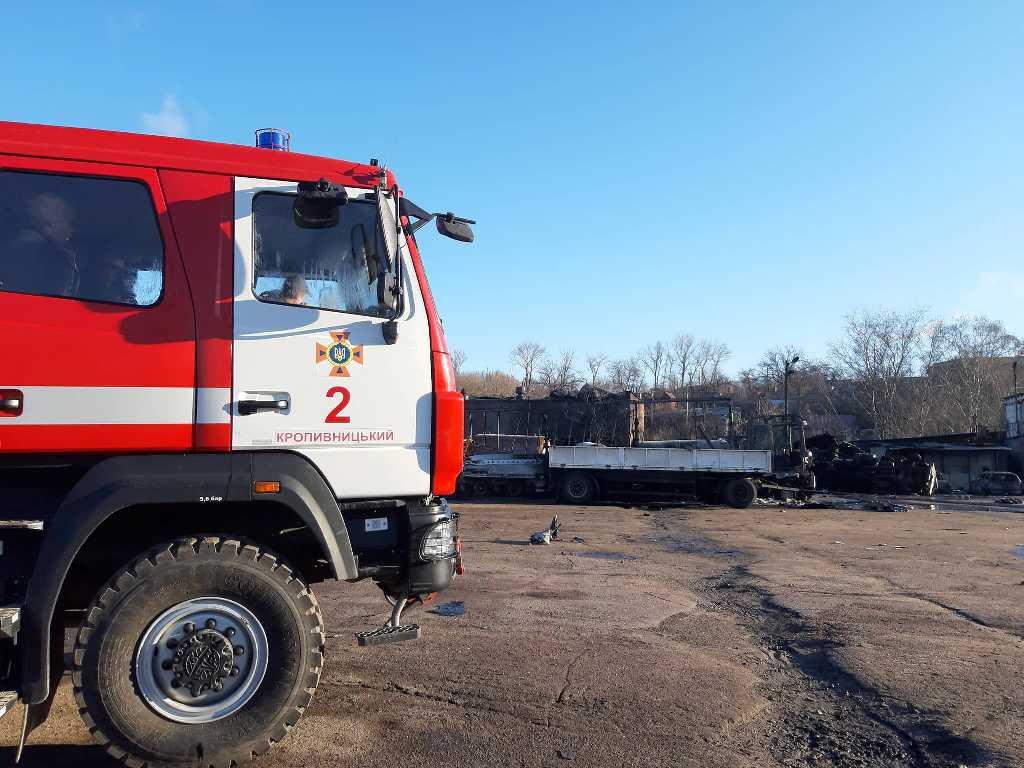 Наслідки вибуху на газовій заправці у Кропивницькому. ФОТО - 13 - Події - Без Купюр