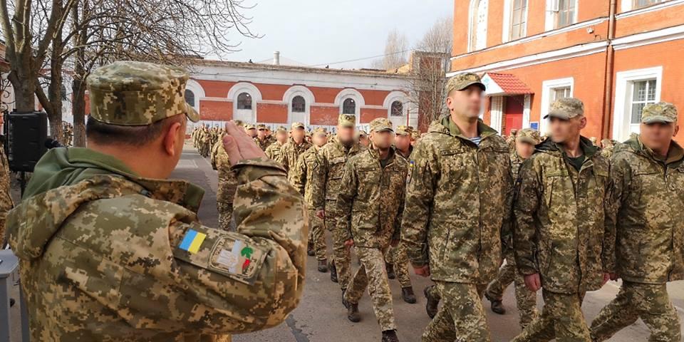 У Кропивницькому можна побувати на шикуванні 3-го полку спецпризначення. ФОТО - 1 - Події - Без Купюр