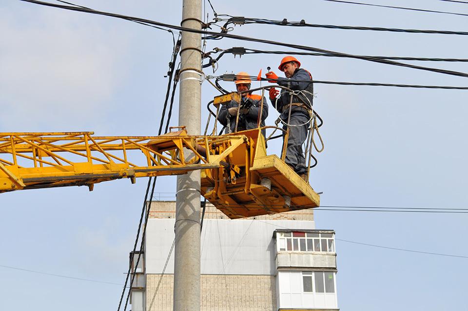 У Кропивницькому капітально відремонтують 46 кілометрів ліній електропередач - 2 - Життя - Без Купюр
