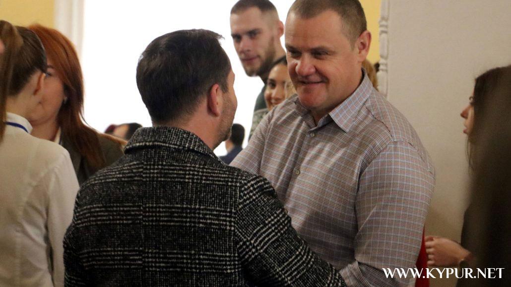 Фігуранти розслідувань НАБУ, молебні за владу і чудо: у Кропивницькому провели перший молитовний сніданок. ФОТО - 35 - Політика - Без Купюр