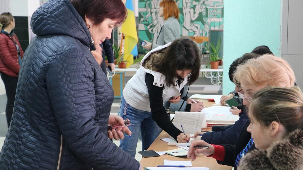 Явка виборців на Кіровоградщині станом на 15.00 - 1 - Вибори - Без Купюр