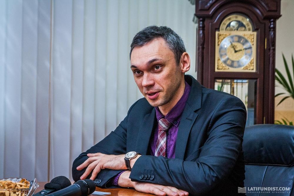 Порошенко обрав собі довірених осіб на Кіровоградщині - 3 - Вибори - Без Купюр