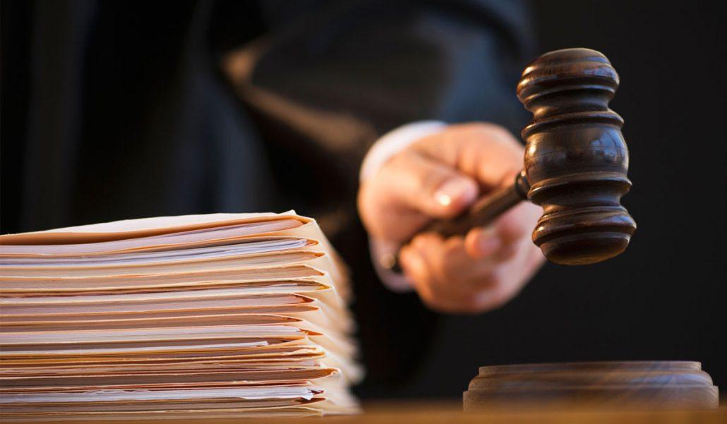 Працівника поліції Кіровоградщини, якого викрили на отриманні хабаря, визнали винним - 1 - Кримінал - Без Купюр