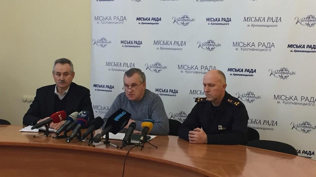 Унаслідок вибухів на газовій заправці у Кропивницькому четверо осіб отримали опіки різних ступенів - 1 - Події - Без Купюр