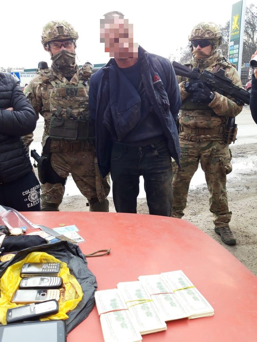 На Кіровоградщині затримали підозрюваного в організації вимагання грошей з фермера: деталі справи - 3 - Кримінал - Без Купюр