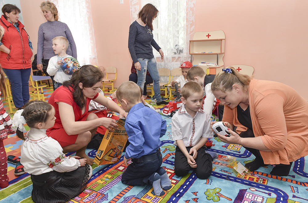 Без Купюр На Кіровоградщині відновив роботу відремонтований дитсадок Події  Кіровоградщина дитсадок
