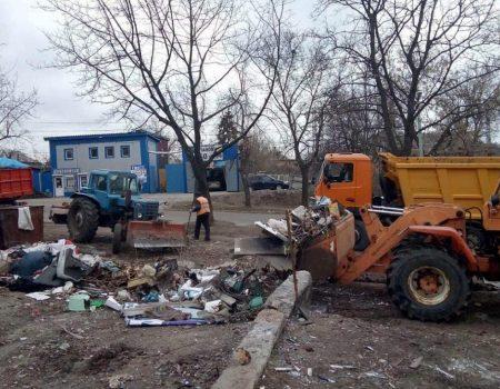 Комунальники Кропивницького ліквідують 5 незаконних сміттєзвалищ