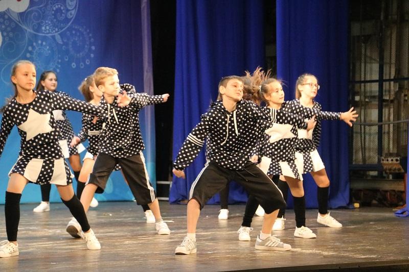 У Кропивницькому стартувала конкурсна частина Міжнародного фестивалю «Об'єднаймо дітей мистецтвом». ФОТО - 13 - Культура - Без Купюр