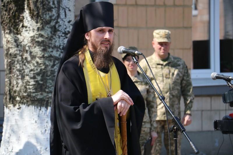 """""""Ви маєте змінювати філософію армії"""": як у Кропивницькому відправляли строковиків на службу. ФОТО - 6 - Події - Без Купюр"""