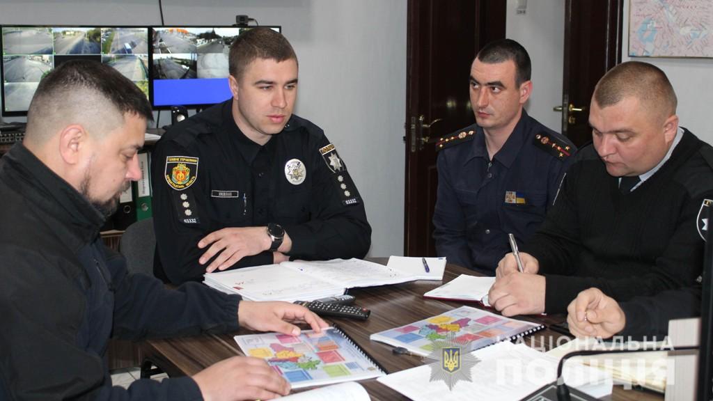 Старт виборів на Кіровоградщині: поліція перевіряє перші повідомлення про порушення - 1 - Вибори - Без Купюр