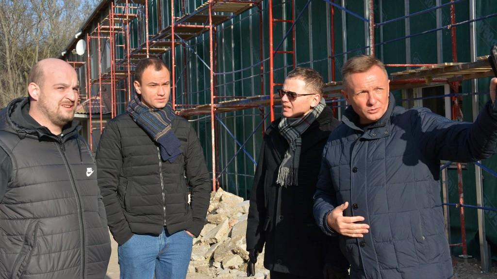 Для реконструкції школи олімпійського резерву закупили не передбачену систему вентиляції - 1 - Корупція - Без Купюр