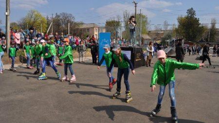У Новоукраїнці відкрили скейт-парк для молоді, профінансований програмою DOBRE. ФОТО