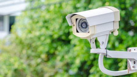 На вулицях обласного центру встановлюють сучасні камери відеоспостереження