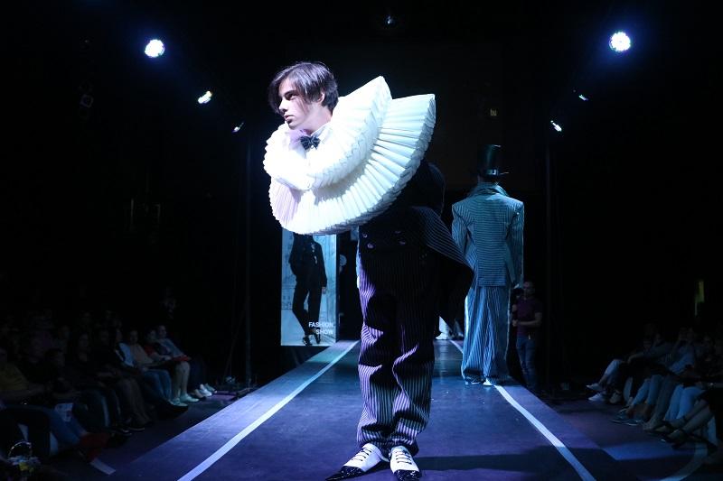 Без Купюр У Кропивницькому відбувся Міжнародний конкурс дизайнерів. ФОТО Події  Мода без кордонів Кропивницький