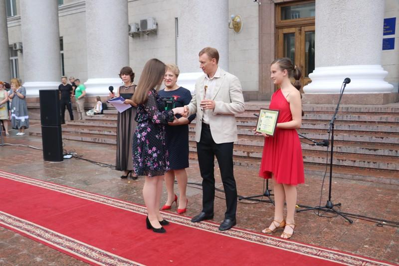 """У Кропивницькому вручили відзнаки """"Дитина року"""". ФОТО - 4 - Події - Без Купюр"""