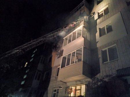 У Світловодську пожежним вдалося врятувати пенсіонерку,  38-річний чоловік загинув. ФОТО