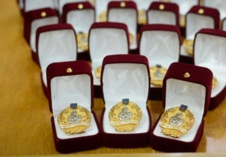 """Дванадцять жінок з Кіровоградської області отримали звання """"Мати-героїня"""""""