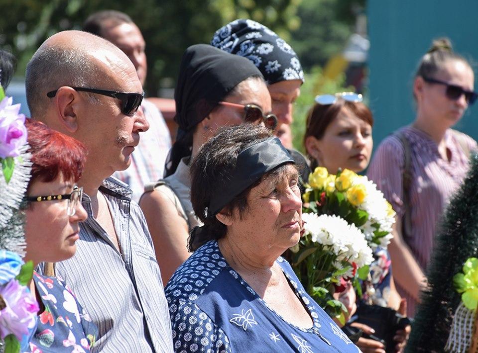 У Кропивницькому попрощались з учасником АТО Олександром Горбенком - 2 - Війна - Без Купюр