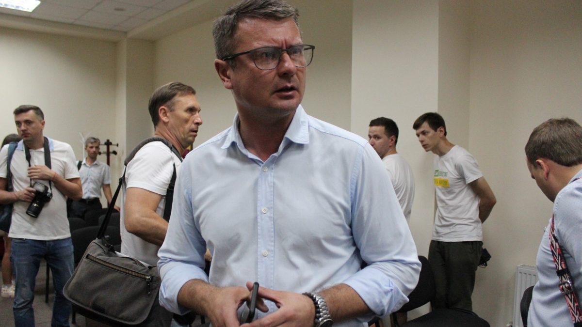 Хто працює у ЗЕ-команді в Кропивницькому - 1 - Політика - Без Купюр