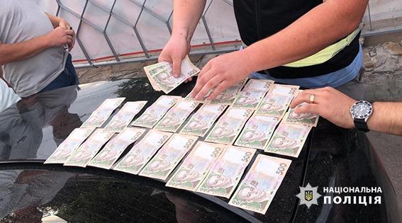 У Кропивницькому правоохоронці затримали учасників місцевої банди за рекетирство. ФОТО - 1 - Кримінал - Без Купюр