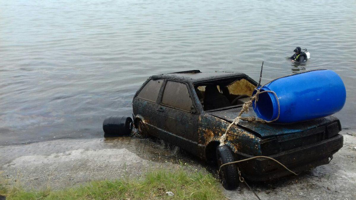 Без Купюр Автівка, знайдена на дні водосховища в Світловодську, 8 років перебувала в розшуку. ФОТО Кримінал  Світловодськ крадіжка Кіровоградщина ДСНС авто