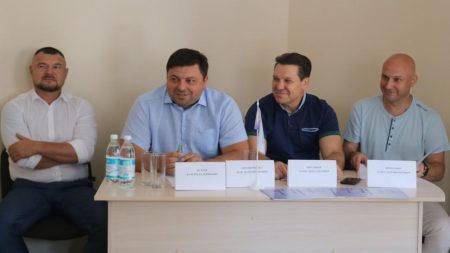"""У Кропивницькому відкрили штаб політичної партії """"Сила і честь"""" та представили кандидата по 99-ому округу. ФОТО"""