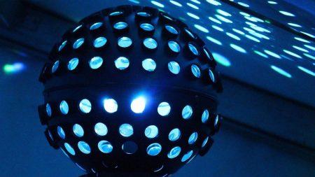 У Кропивницькому поліція пропонує перевірити, що робиться у нічних клубах