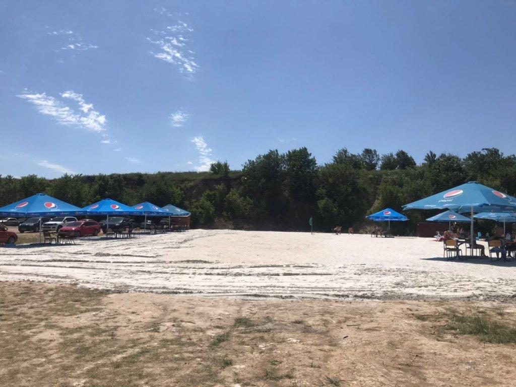 ОДА віддала в оренду Катеринівський пляж, там частково обмежили доступ до води - 16 - Життя - Без Купюр