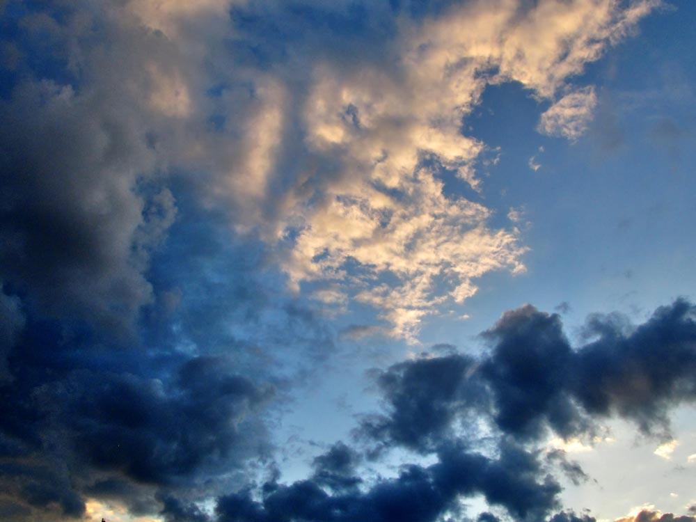 Кіровоградщина: синоптики попереджають про грози, град та шквали - 1 - Погода - Без Купюр