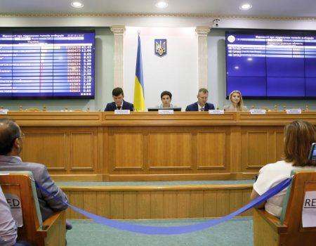 ЦВК прийняла оригінали протоколів трьох  окружних комісій  Кіровоградщини