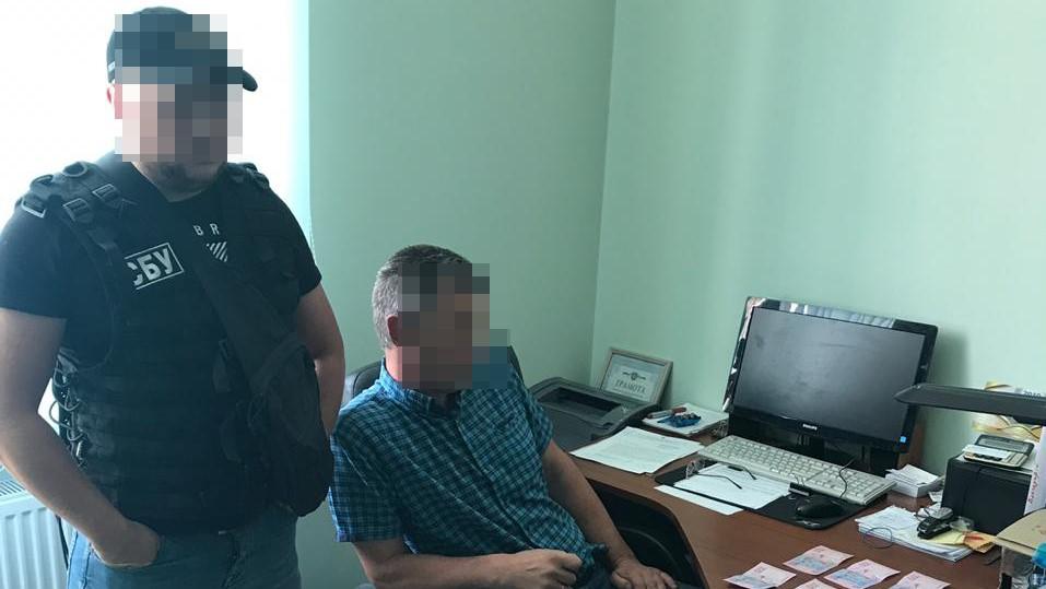 Заступника міського голови Гайворона викрито на отриманні хабаря. ФОТО - 2 - Корупція - Без Купюр