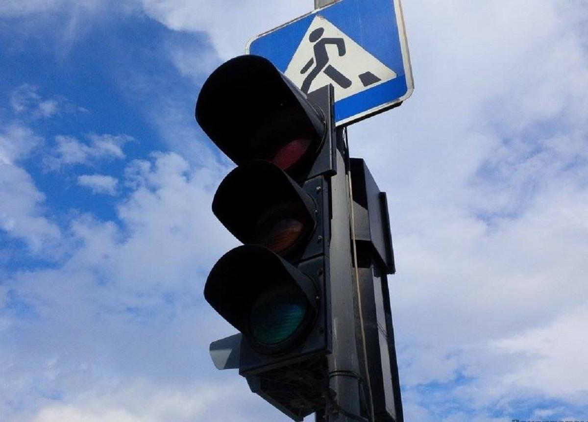 Без Купюр На перехресті у Кропивницькому завтра не працюватиме світлофор Життя  світлофор Кропивницький вулиця Тельнова