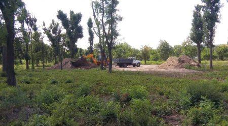 """Заяви, що через активістів припинено роботи в парку """"Перемоги"""", виявилися неправдою. ФОТО"""