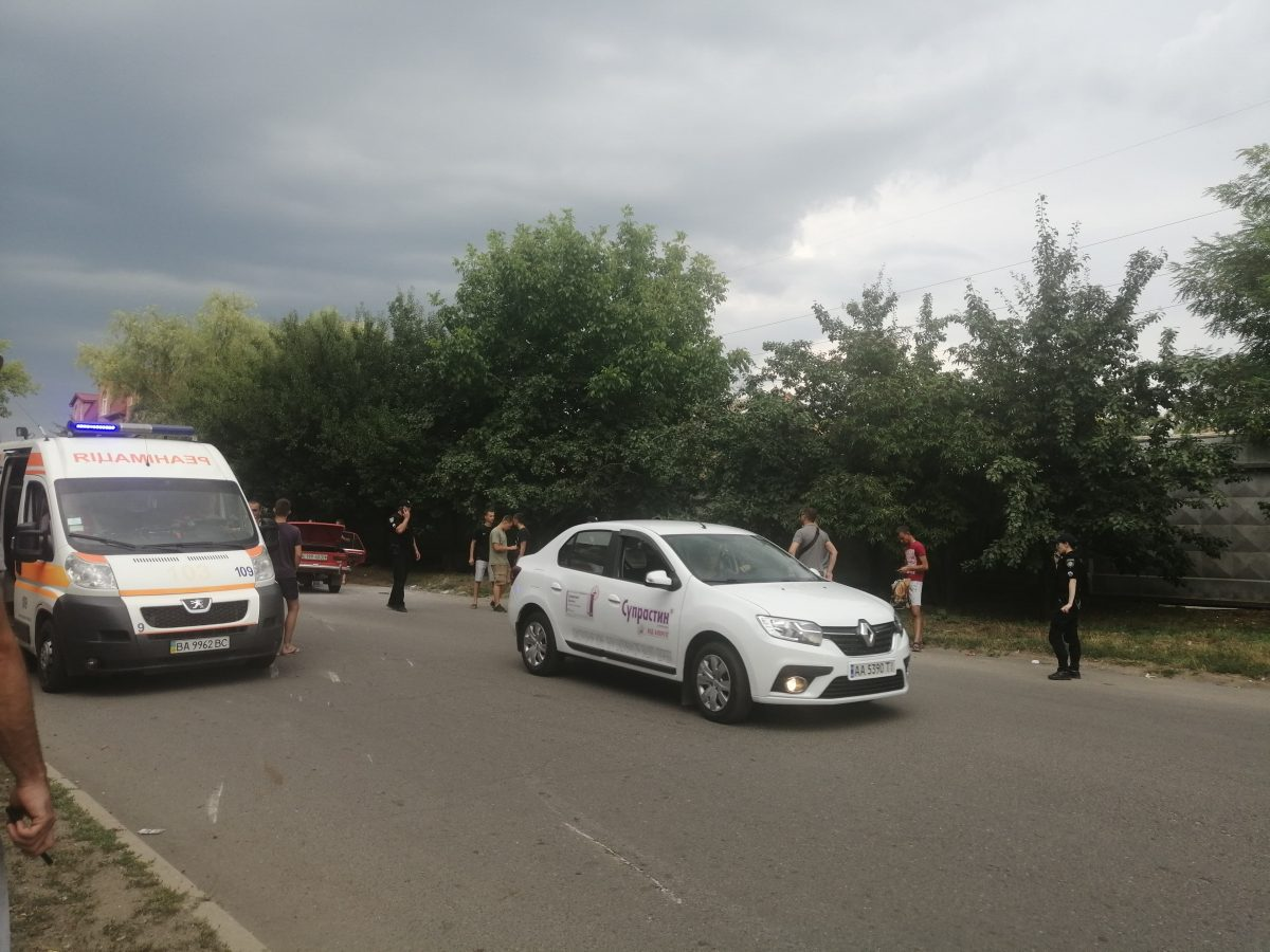 Без Купюр У спальному районі Кропивницького перекинулась автівка. ФОТО За кермом  Кропивницький ДТП ВАЗ Opel