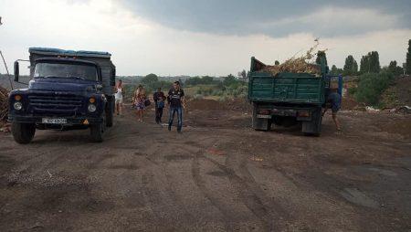 Спецінспекція припинила роботу незаконного платного сміттєзвалища в Кропивницькому. ФОТО
