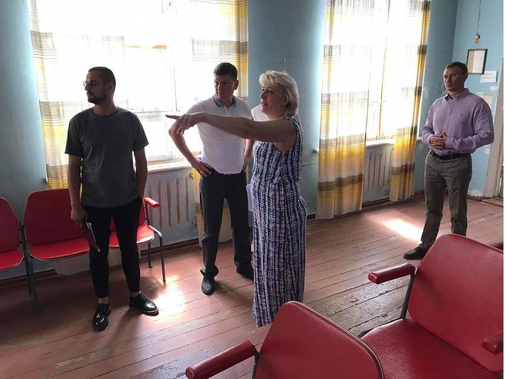 У Кропивницькому три дільниці перенесли на перший поверх для зручності людей з інвалідністю - 1 - Вибори - Без Купюр