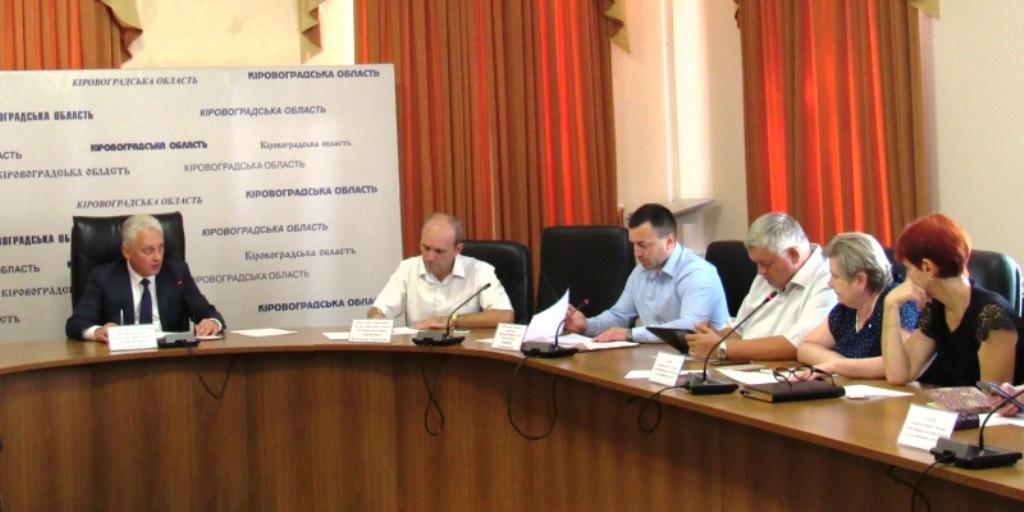 Без Купюр Понад 42 % сміттєзвалищ на Кіровоградщині не відповідають санітарним нормам Життя  фінансування сортування довкілля