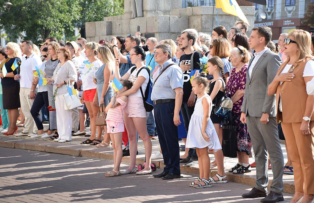 У Кропивницькому відбулися офіційні заходи з нагоди Дня прапора та Дня Незалежності України. ФОТО - 2 - Події - Без Купюр