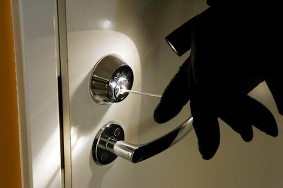 Поліція затримала злодія, який обікрав щонайменше 25 квартир у Кропивницькому та Олександрії - 1 - Кримінал - Без Купюр