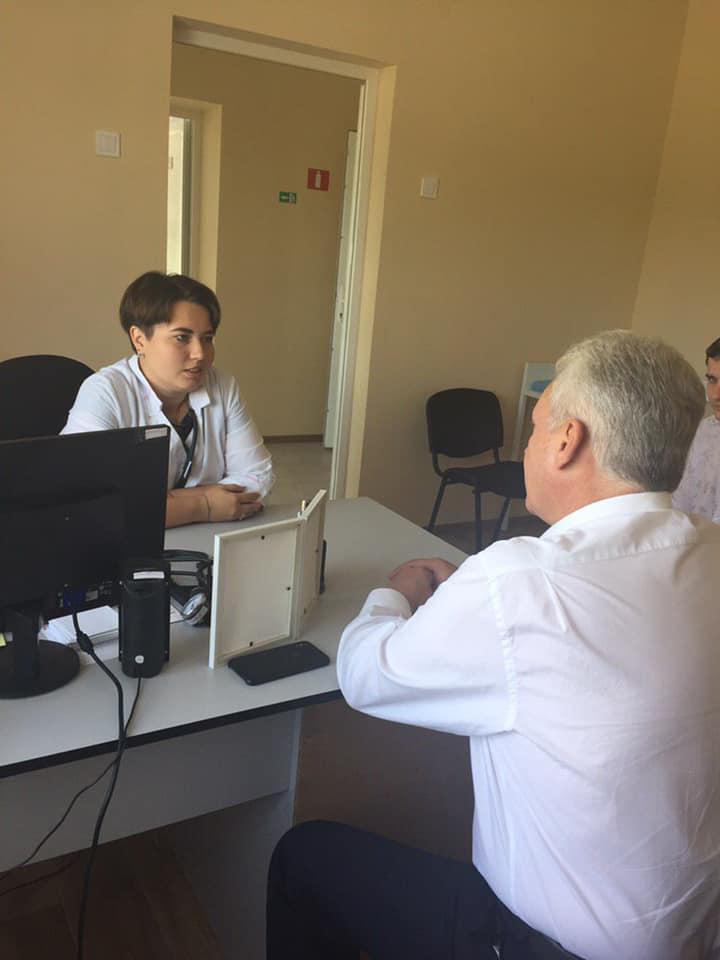 У новозбудованій сільській амбулаторії на Кіровоградщині почала працювати молода лікарка. ФОТО - 2 - Здоров'я - Без Купюр