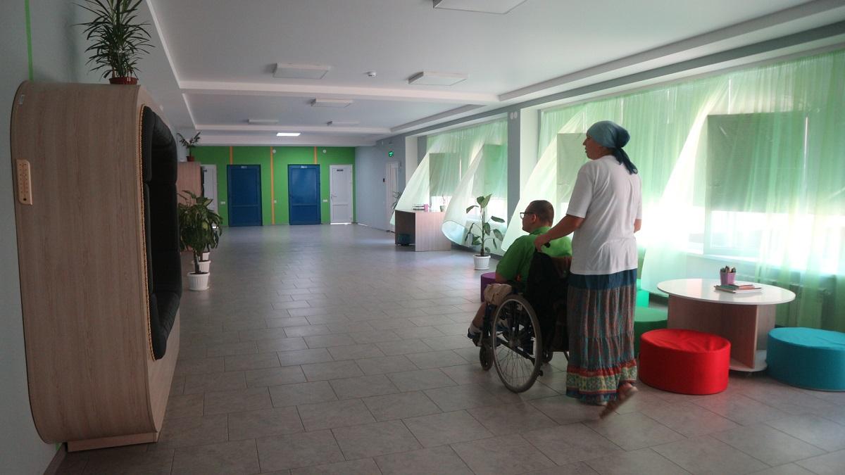 Школи не для всіх: як у Кропивницькому здобувають освіту діти з інвалідністю. ФОТО - 3 - Найважливiше - Без Купюр